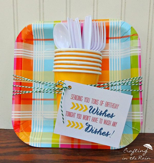 Inexpensive Birthday Gift Ideas: Paper Plate Gift Idea