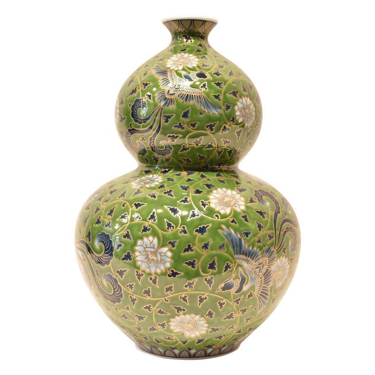 Large Gold Green Porcelain Vase By Japanese Master Artist Porcelain Vase Imari Porcelain Porcelain Painting