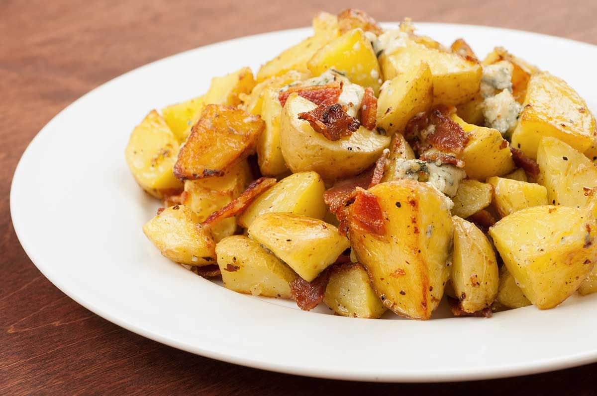 Garlic Roasted Baby Potatoes With Blue Cheese And Bacon Recipe Roasted Baby Potatoes Healthy Potato Recipes Potatoes