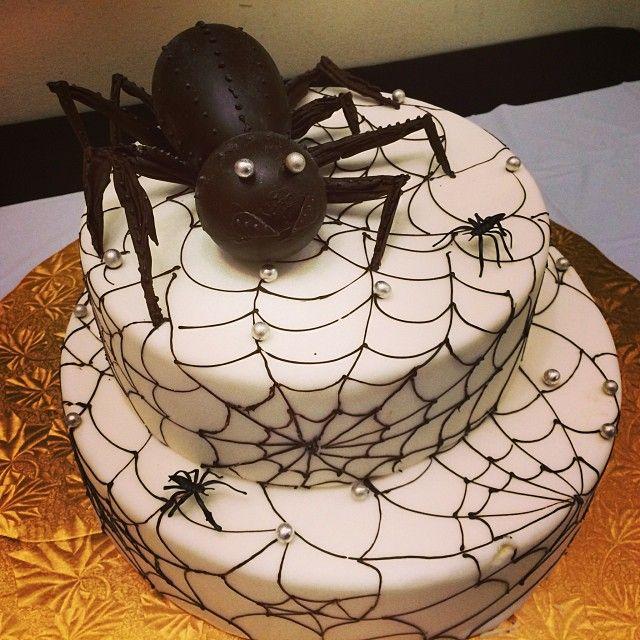 coolest halloween cake