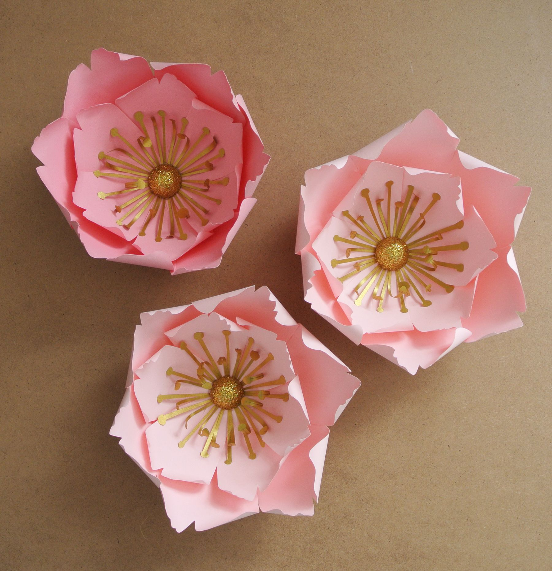 Template N 8 Curled Inwards Small Paper Flower 2 Petal Sizes
