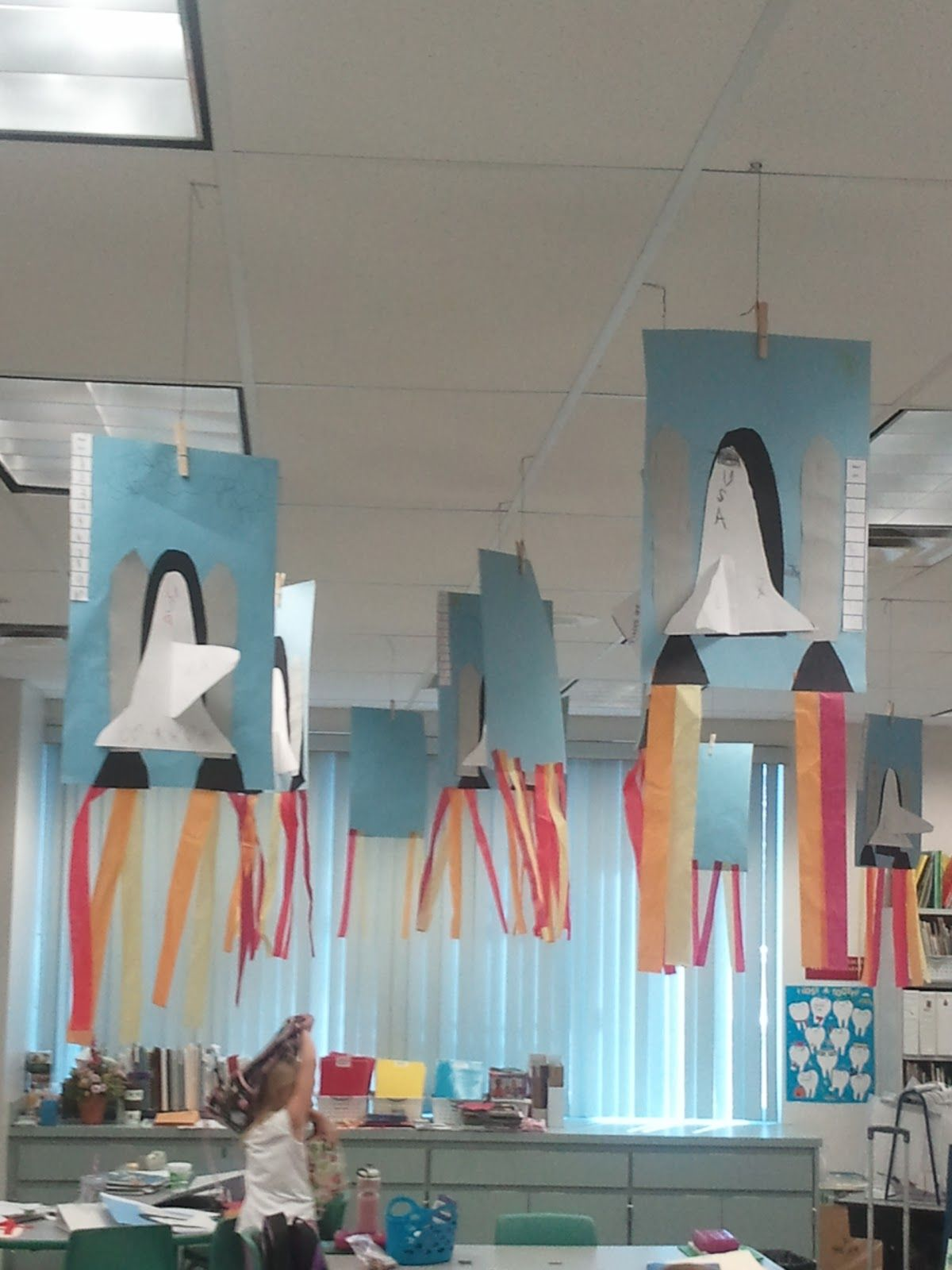 Space shuttle craft add writing could make a rocket for Easy craft ideas for kids room