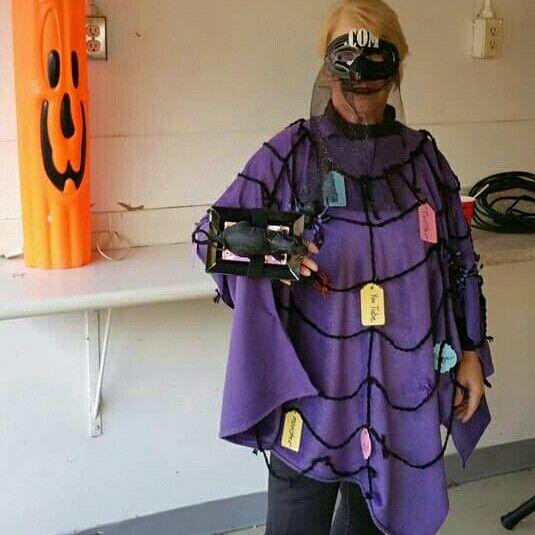 Halloween costume -