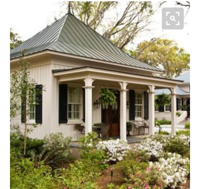 Pin By Kirby Kegel On Retirement Homes Small Front Porches Designs Porch Design Front Porch Design