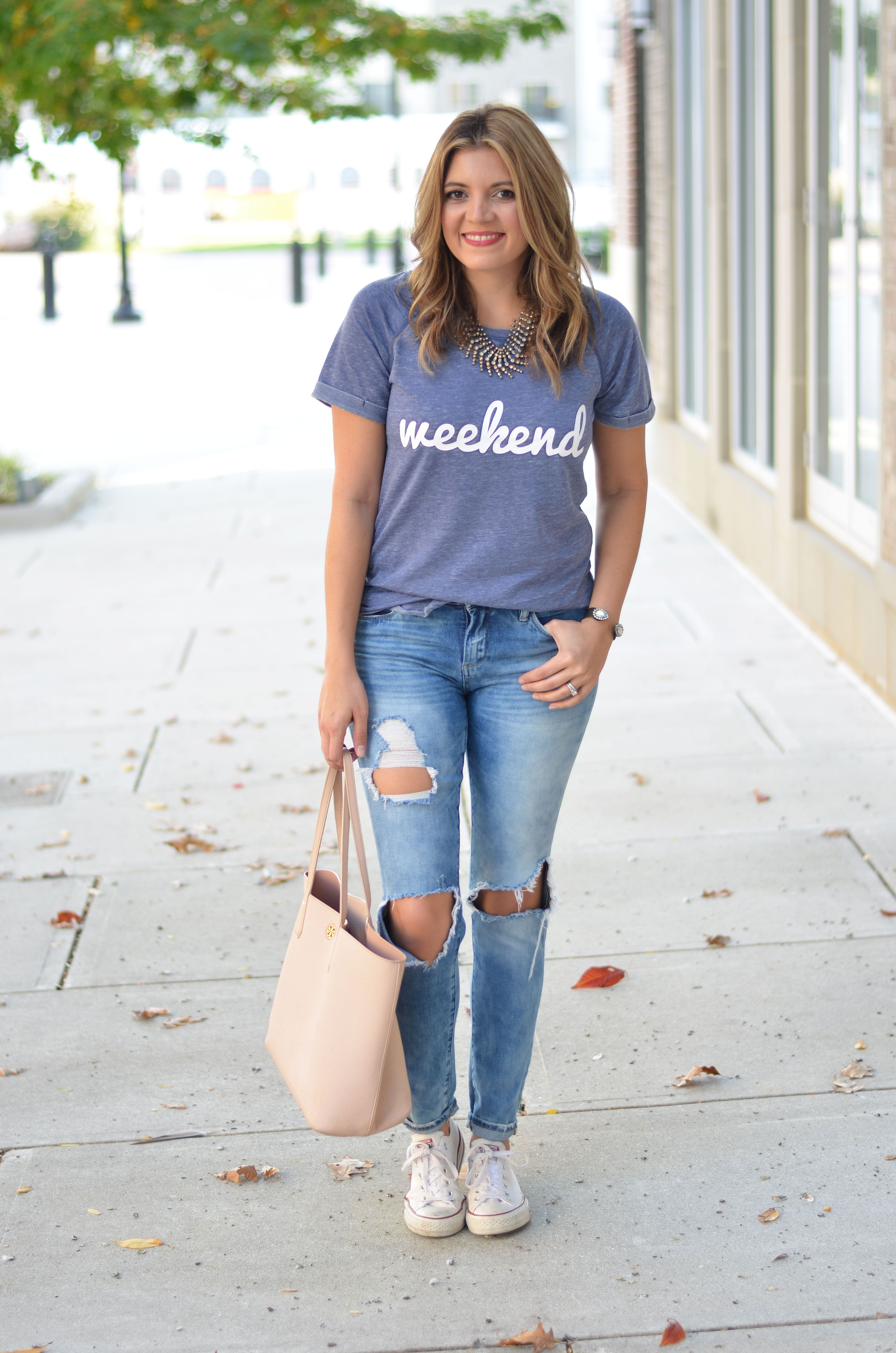 the best distressed jeans - blanknyc good vibes jeans with weekend graphic tee | www.bylaurenm.com