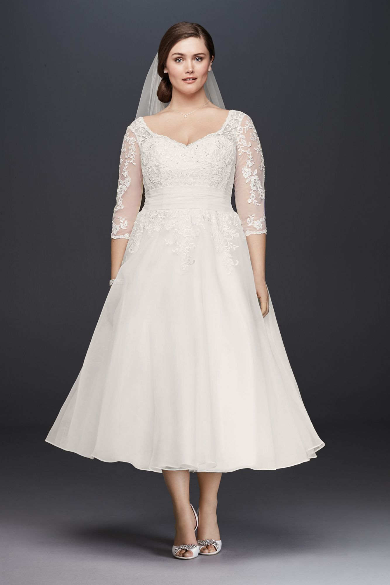 Wedding dresses for full figures  Plus Size  Sleeves WG Style TeaLength Lace Appliqued Tulle