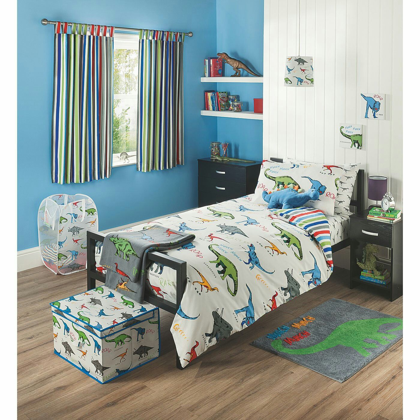 Toddler Rooms For Boys: Pin By Christie Deaver On Toddler Bedroom In 2019