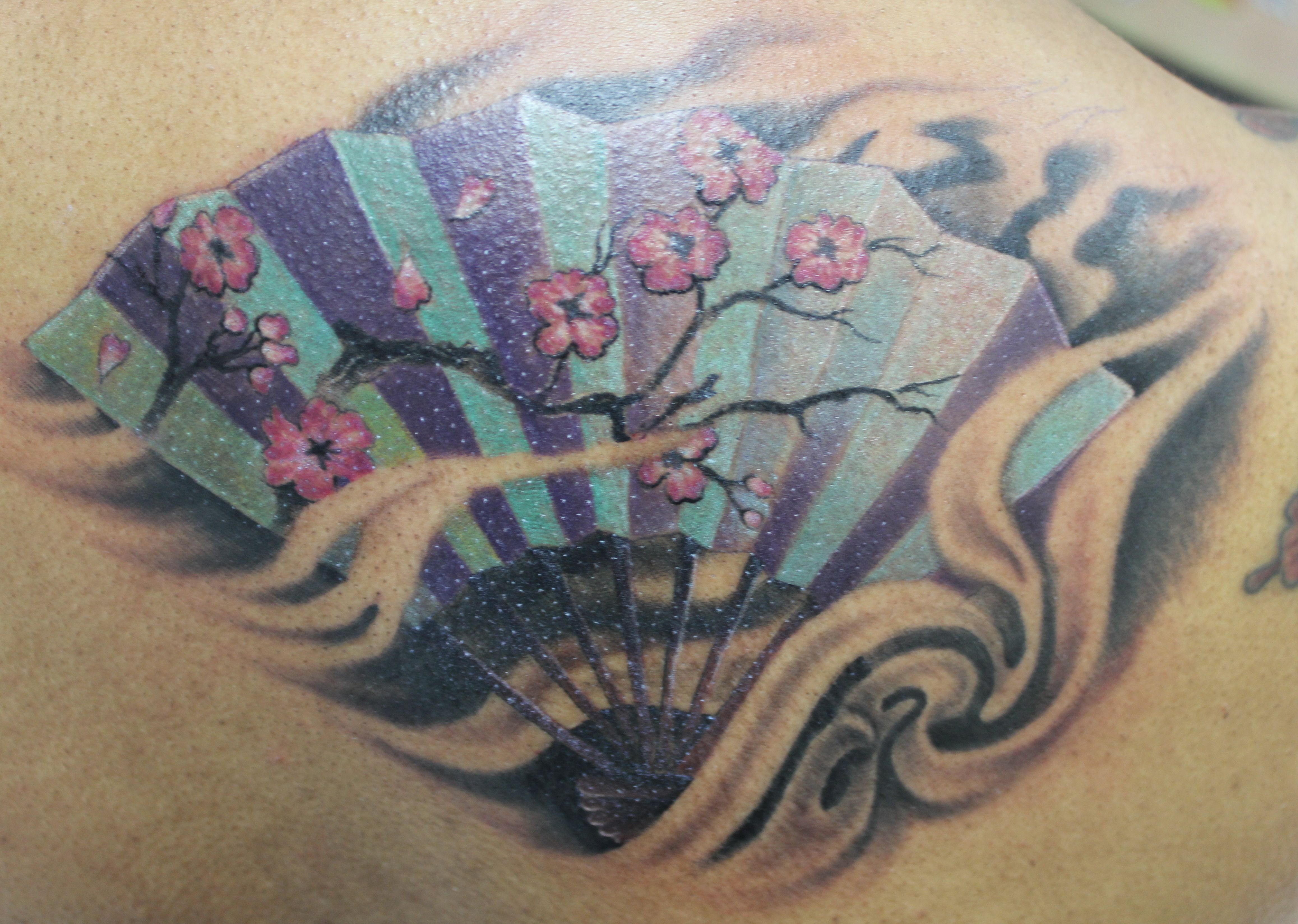 Japanese fan by lucky at tattoo charlie 39 s preston hwy for Charlie s tattoo