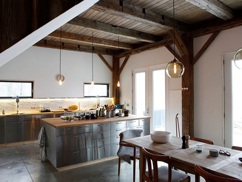20 homey kitchens with reclaimed ceiling beautiful kitchens