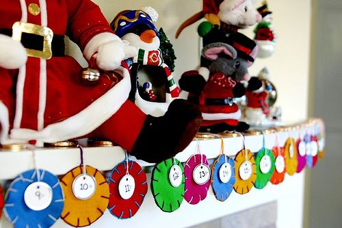 Christmas Advent Calendar Inspiration Board Advent calendars, Felt