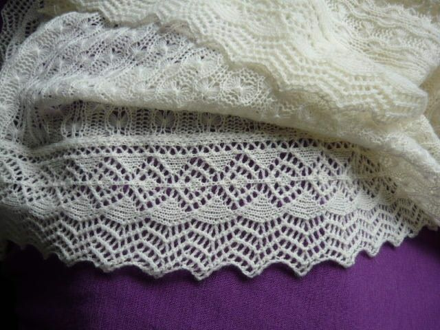 Tuck stitch shawl, with Diana Sullivan\'s Enchanted Edging   (Mostly ...