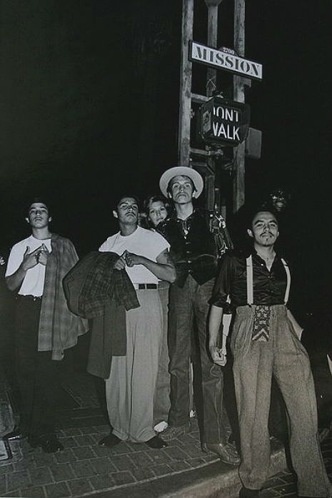 crime and chicano youth gangs This article focuses on the interaction between the larger community's drug markets and youth and adult prison gangs chicano gangs that control that crime.