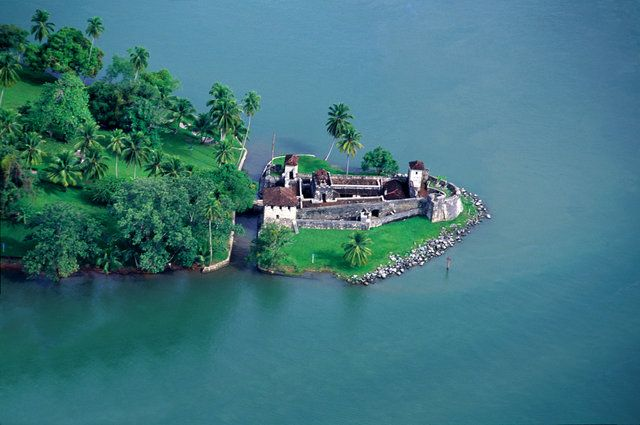 Festung San Felipe in Guatemala  © INGUAT Für Guatemala gibt es viele Reisebausteine.