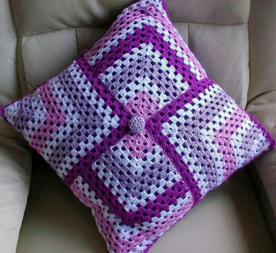 Aprende Hacer Cojines Tejidos Con Su Patron Paso A Paso Muy Faciles Curso Gratis De Croche Crochet Pillow Pattern Crochet Cushion Pattern Crochet Cushion Cover