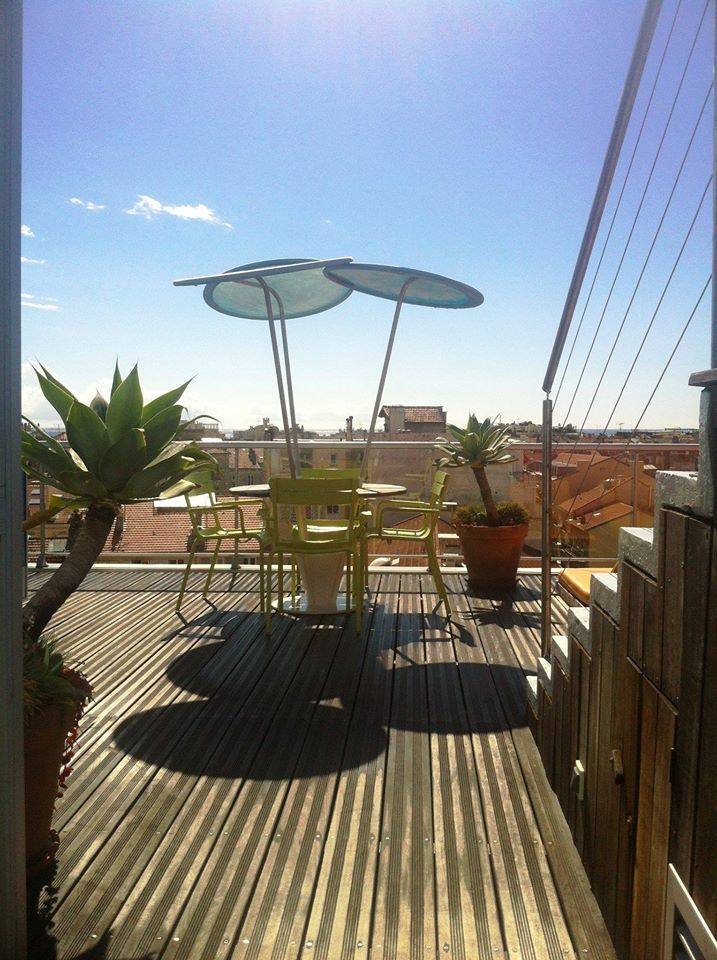 #HOTELS #SWD #GREEN2STAY Hi Hôtel   Bon week-end à toutes et à tous! Good weekend to all and all!