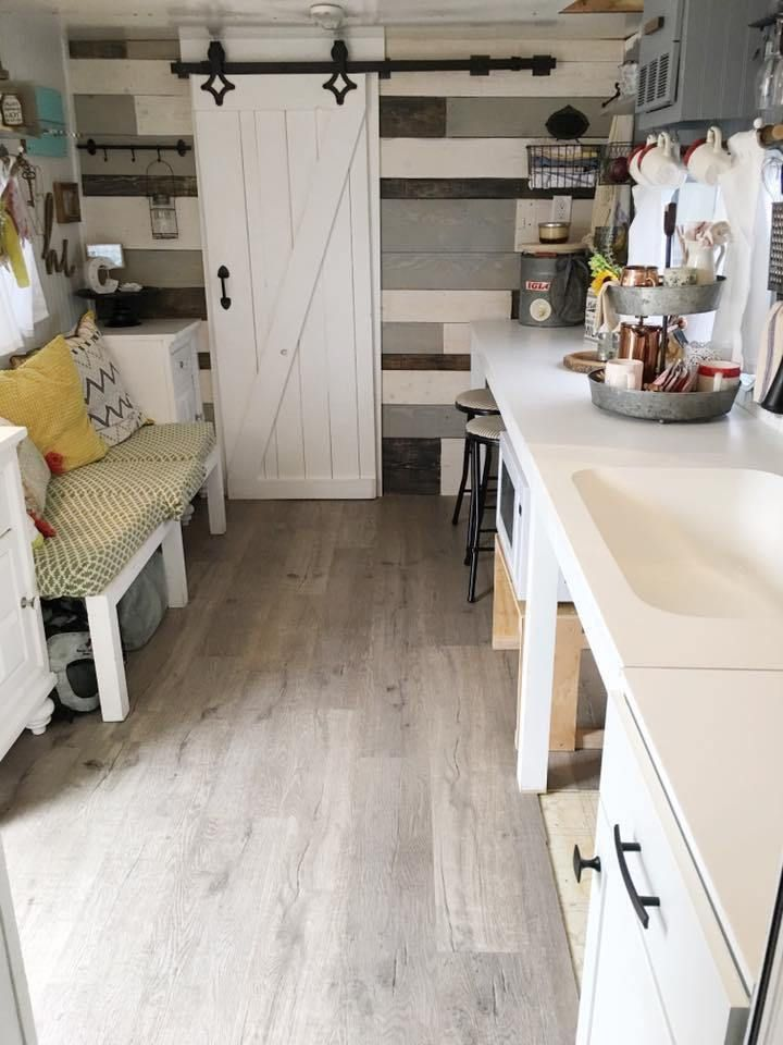 Farmhouse Addition Home Design Ideas Pictures Remodel And Decor: 10 Gorgeous Farmhouse Style RV Makeovers