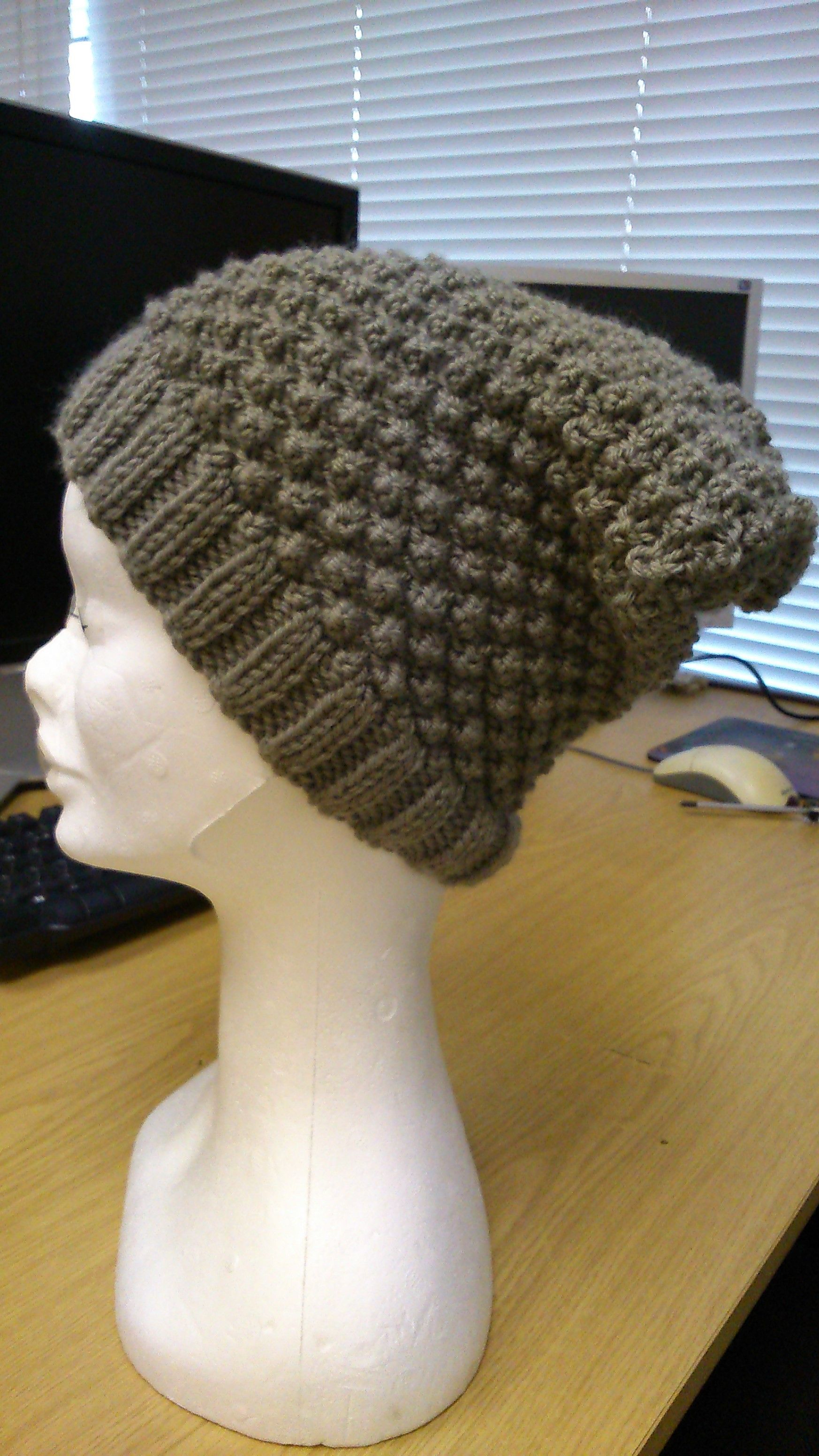 I finished my blackberry stitch beanie hat last night. You can find the  free pattern on my blog b1408f8ffd6