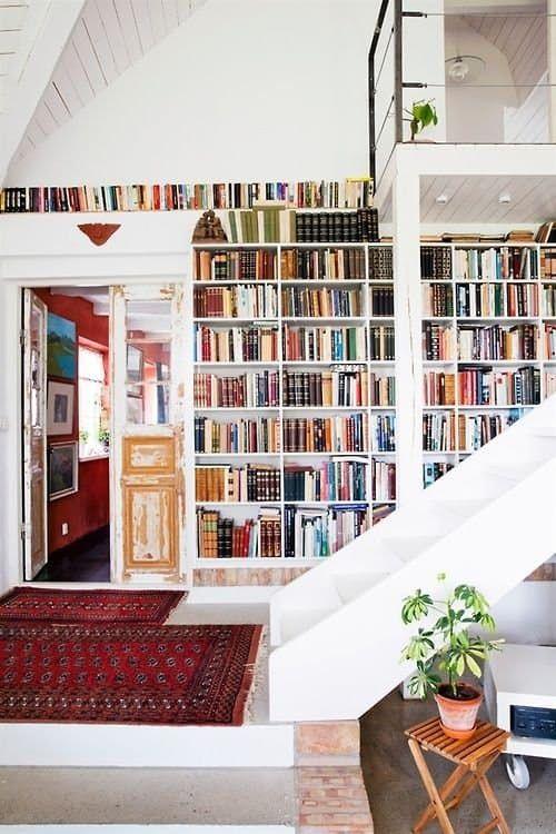 Design Dozen The World S Coolest Built In Bookshelves Bucherregale Bauen Bibliothek Zu Hause Und Wohnen