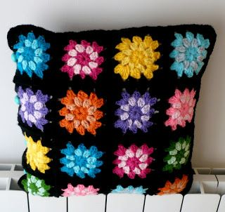 """Ché! Crochet: Almohadón """"Granny Contraste"""""""
