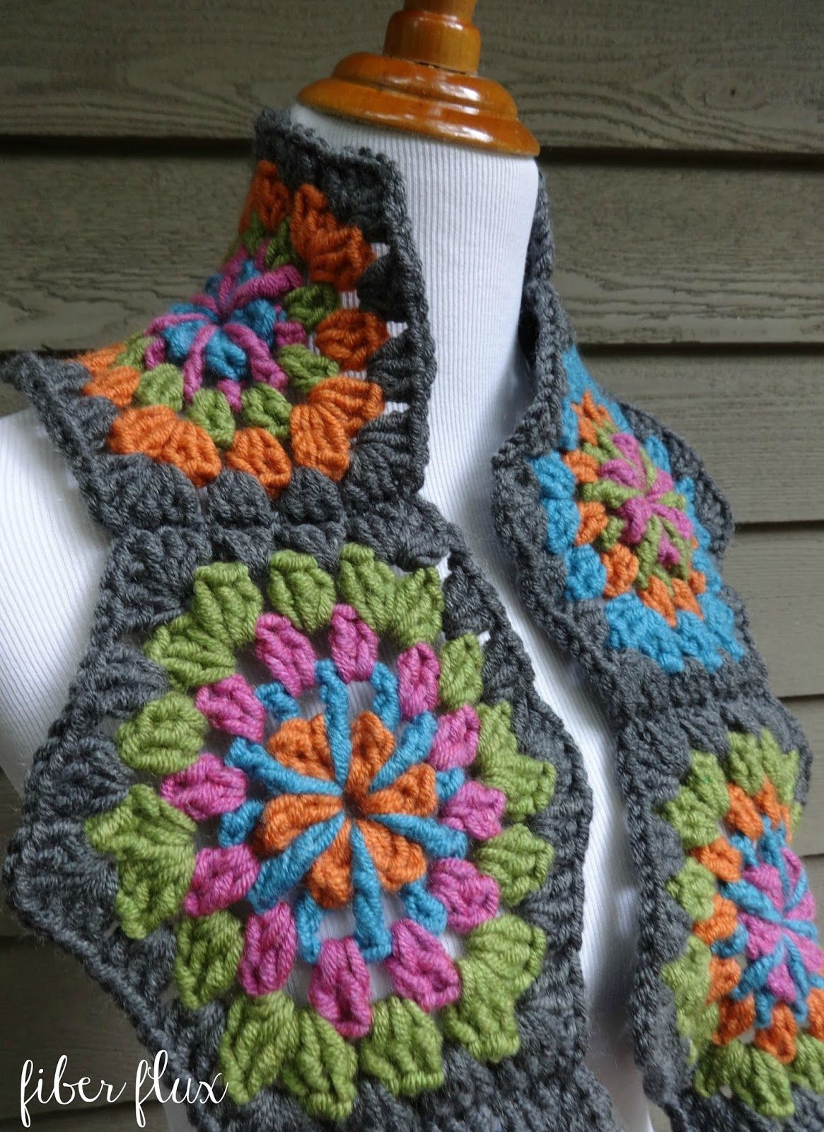 Free Crochet Pattern...Strawflower Hexagon Scarf!