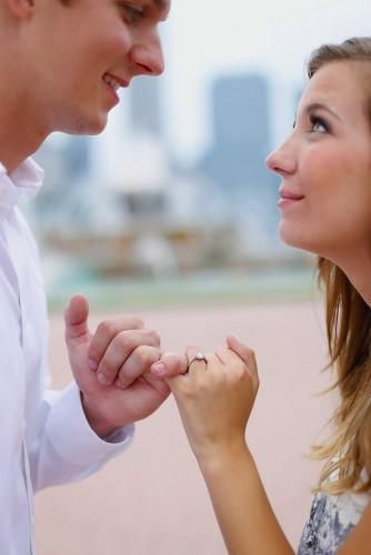 Amazing Engagement Photo Ideas