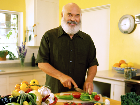 Video: How to Make Turmeric Tea | Dr. Andrew Weil