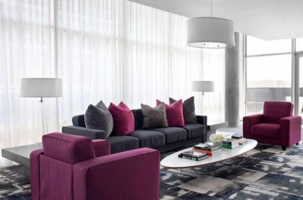 deko wohnzimmer lila wohnzimmer modern tendenzen wohnfarben hell ...