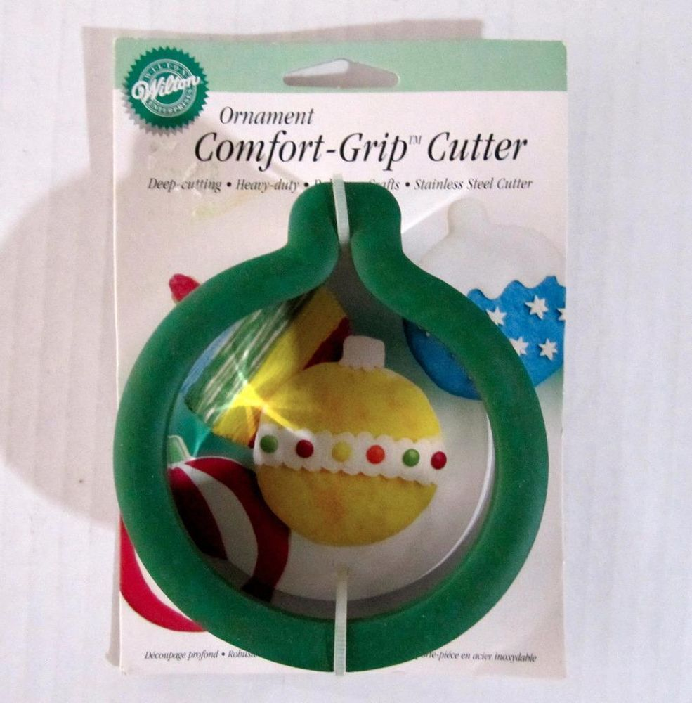 Wilton Comfort Grip Ornament Cookie Cutter New Packaged Retired Hard
