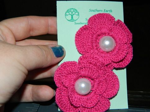 These crocheted flowers w/pearl centers make a great accent to child or women's hair