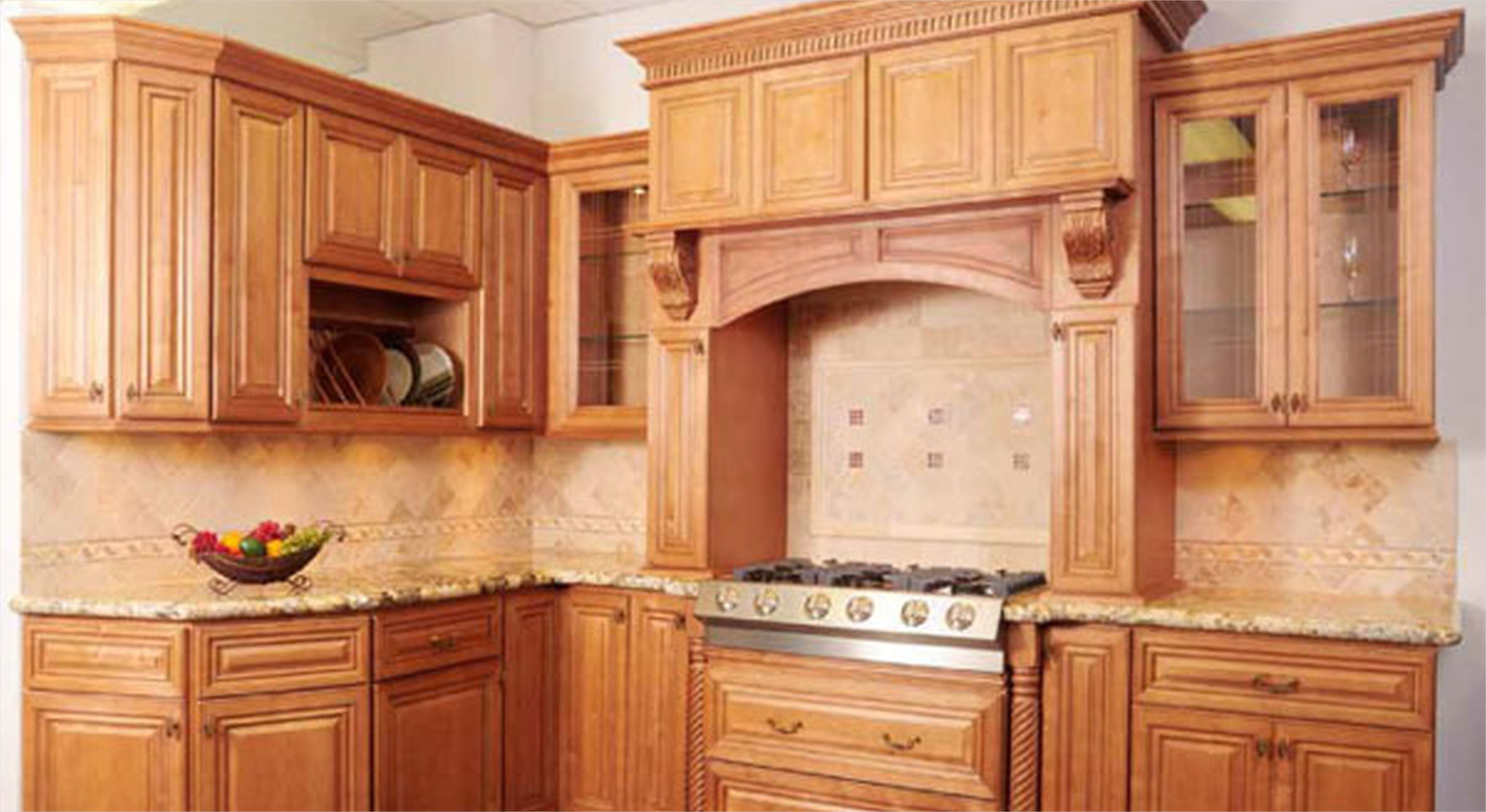 41 Attractive Kitchen with Maple Cabinets Color Ideas ... on Maple Cabinets Kitchen Ideas  id=62382