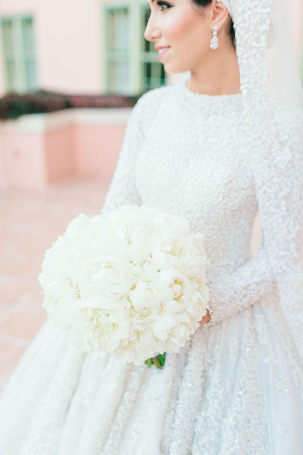 Elegant St Petersburg Winter Wedding At Vinoy Renaissance In 2020 Winter Wedding Wedding Bridal Beauty