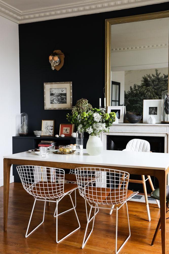 Salle à manger Chaises Harry Bertoia Peinture Bleue Miroir Table