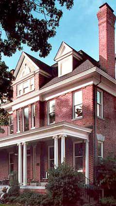 Norfolk Va Page House Inn A Luxurious Bed And Breakfast The Only 4 Diamond Rated Lodging In The Greater No Norfolk Virginia Best Places To Live Norfolk