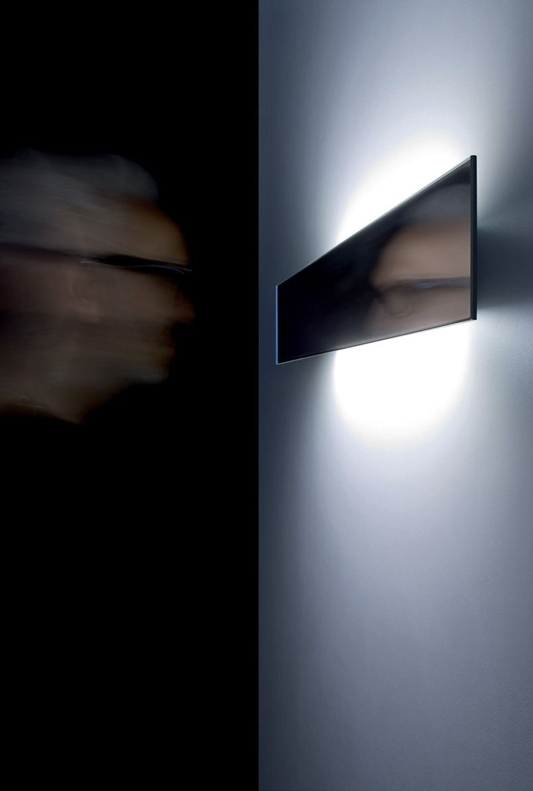 Shade Dark Brown Rectangular Lamp Which Gets Light Effects And Shades At The Wall Lighting Beleuch Lampada A Muro Illuminazione A Parete Illuminazione Led
