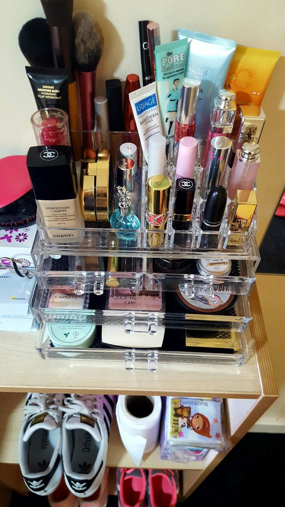 Pin by توتة جدة on Pic22 in 2019 Makeup organization