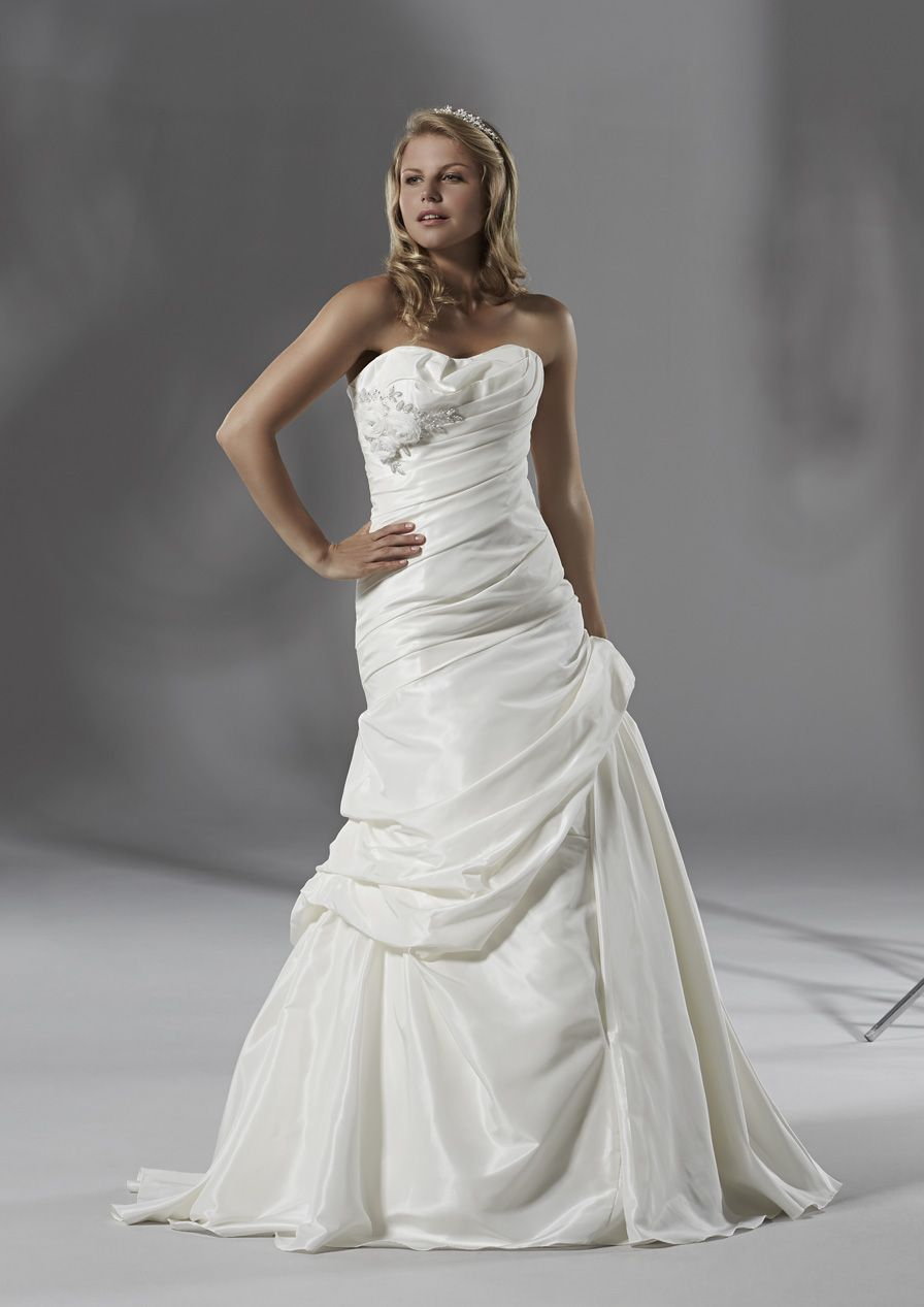 Mark zunino wedding dresses  Pin by Sian Evans on Wedding  Pinterest  Devon and Wedding