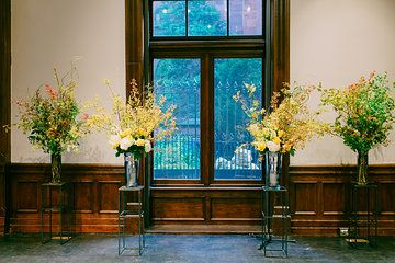 Floral arrangements in Great Hall by @OpaliaFlowers  by Bluespark Photography
