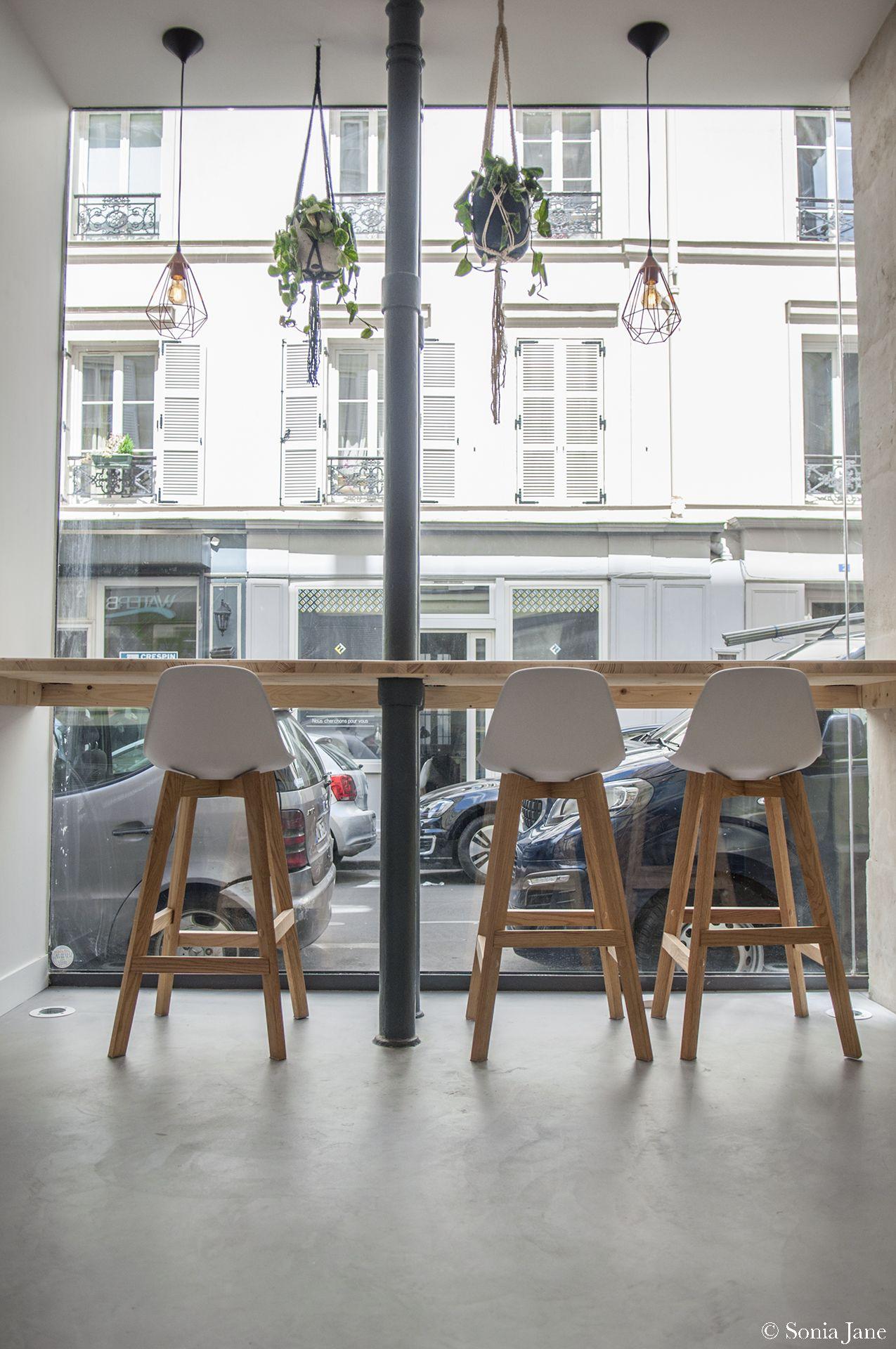 galerie café, sol en béton ciré marius aurenti, paris. | béton ciré