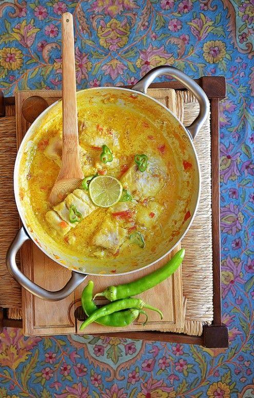 Un mix infinito di colori e profumi, tante verdure, ma anche cereali, carne e pesce. Oggi facciamo un viaggio tra i sapori dell'India, una terra che si racconta