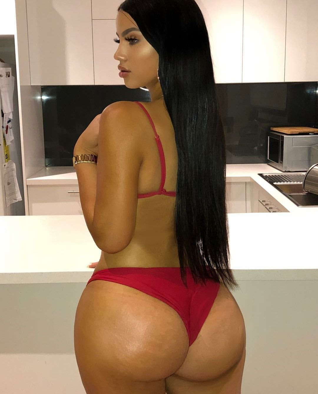 latina ass thick Sexy