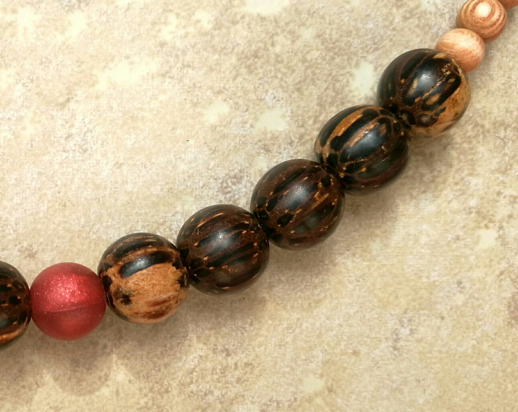 Baby-proof necklace for mum to wear. Natural coco-wood beads. GrigglingBoo ecfdc410114