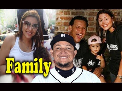 Miguel Cabrera Family Photos With Father,Mother,Son ... Miguel Cabrera Father