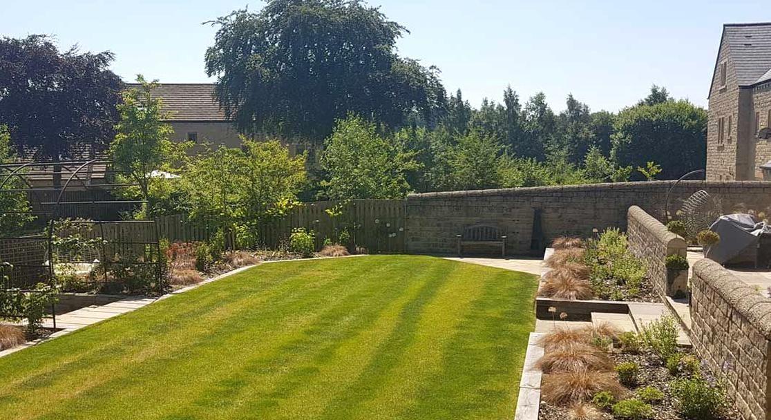 Stylish Terraced Garden Menston North Leeds Garden Design Leeds And West Yorkshire Garden Design In 2020 Golf Courses Field Waterfall