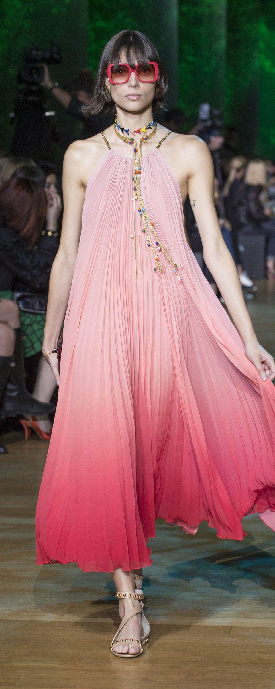 Elie Saab Spring-summer 2018 - Ready-to-Wear | Vestidos increíbles ...