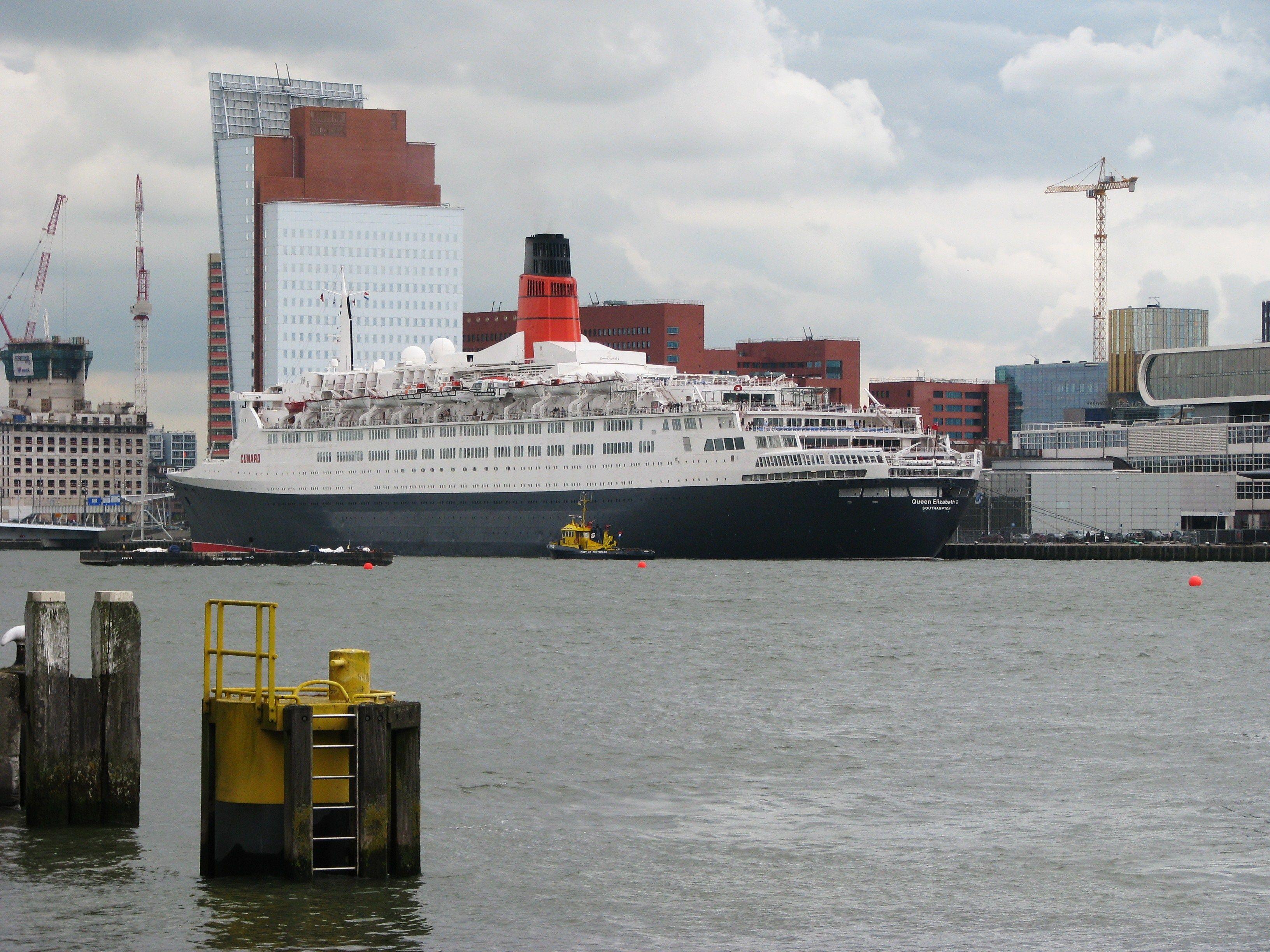 Qe2 Dubai Rms Queen Elizabeth Cunard Ships Uss T