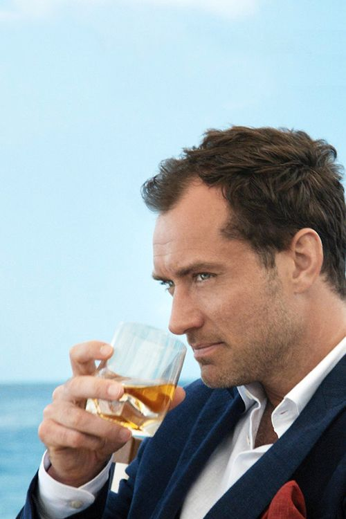 "tentcamp: © / tentcamp JOHNNIE WALKER BLUE LABEL Watch Jude Law in ""The Gentleman's Wager"" MUST WATCH"
