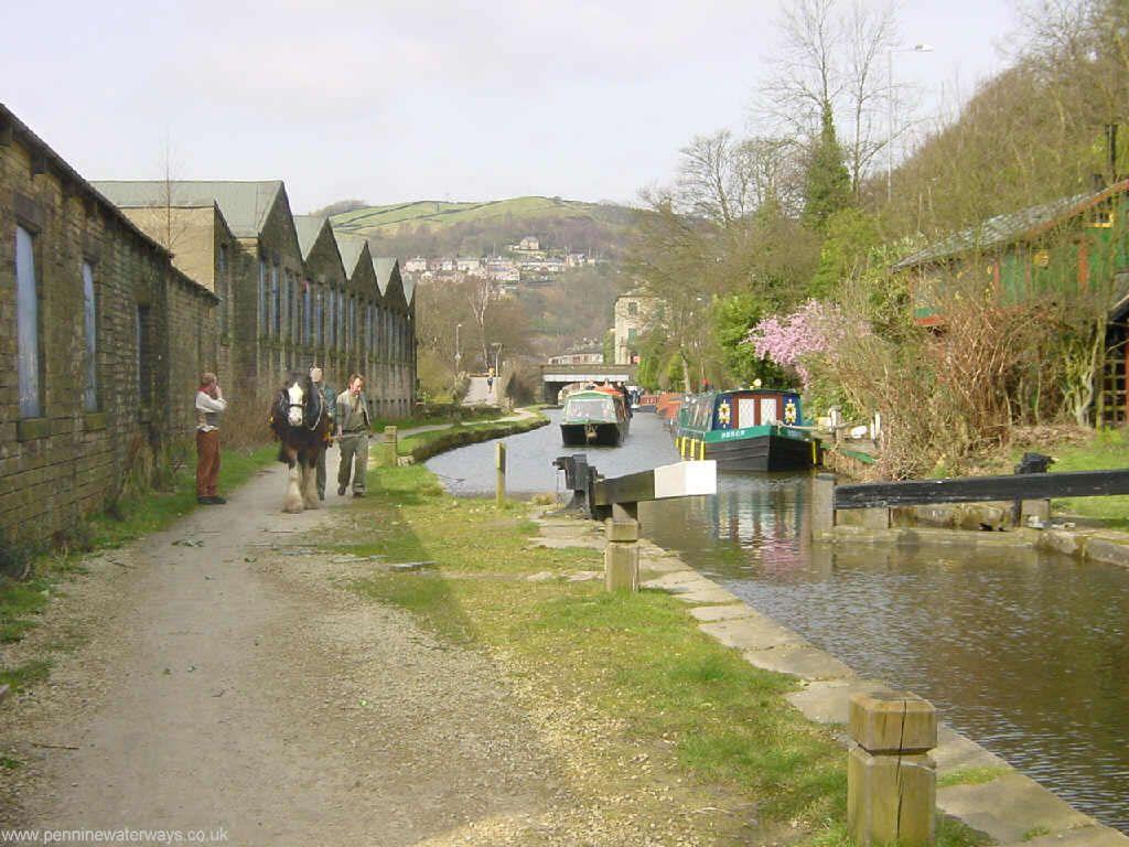 Horsedrawn At Hebden Bridge, Rochdale Canal,