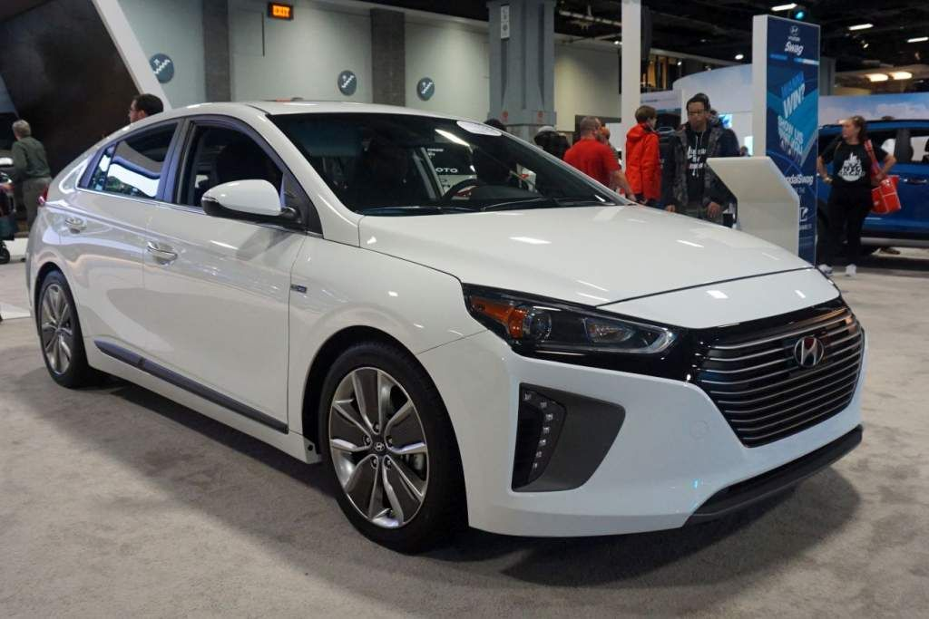 The Best New Hybrid And Electric Cars On Market 2017 Check