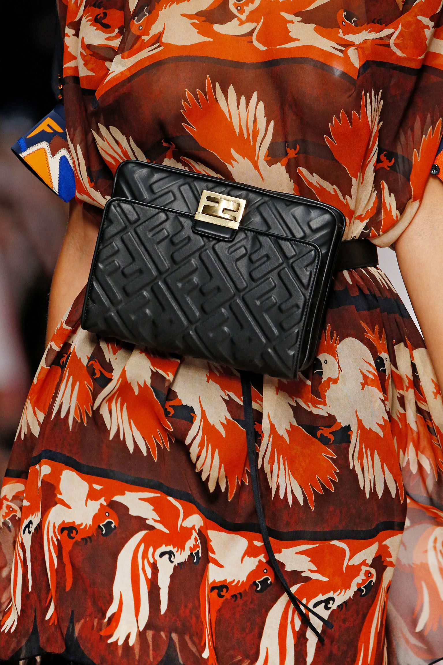 Fendi Women's Spring/Summer 2019 Fashion Show | Moda in ...