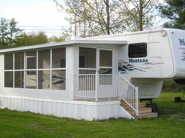 Rvs Park Models Mobile Homes Amp Modular Homes Products Enclosed Patio Mobile Home Porch Porch For Camper